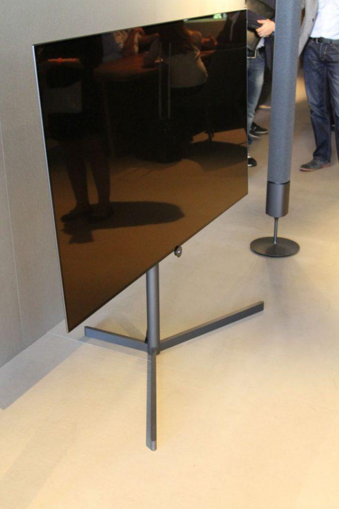 Der motorisierte Floor-Stand
