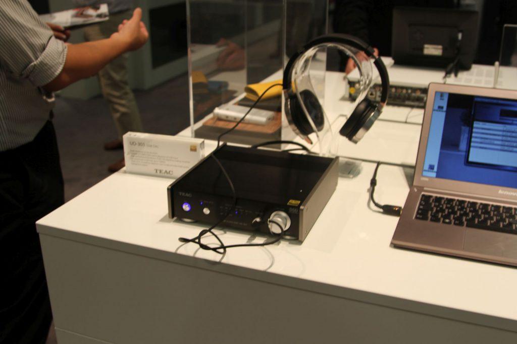 Kopfhörerverstärker und DAC Teac UD-301