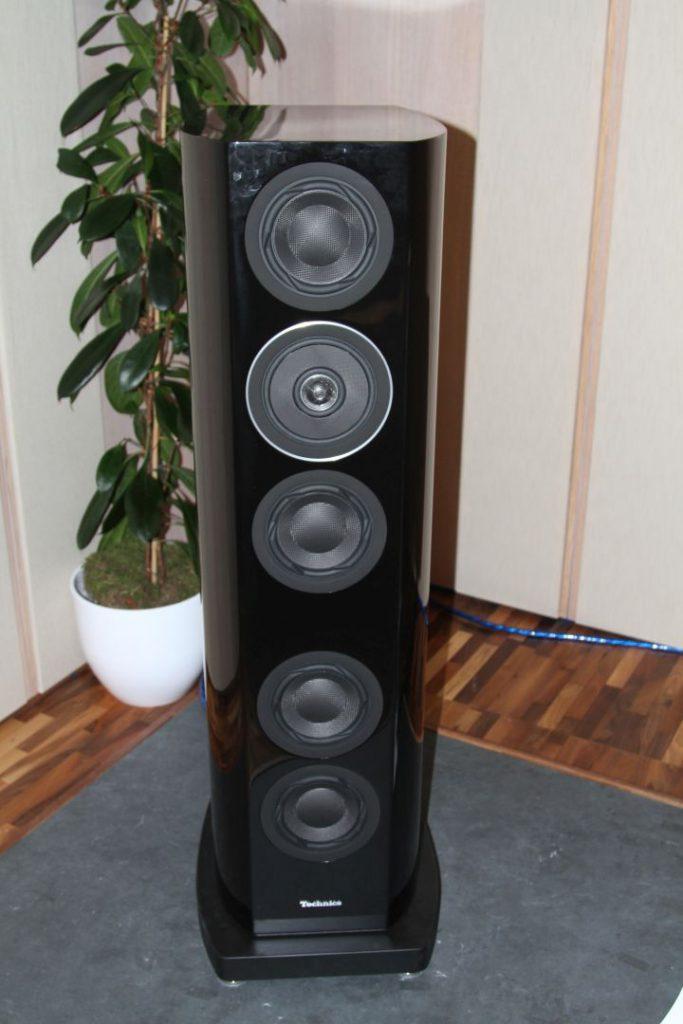 Die Lautsprecher Technics SB-R1 im Detail