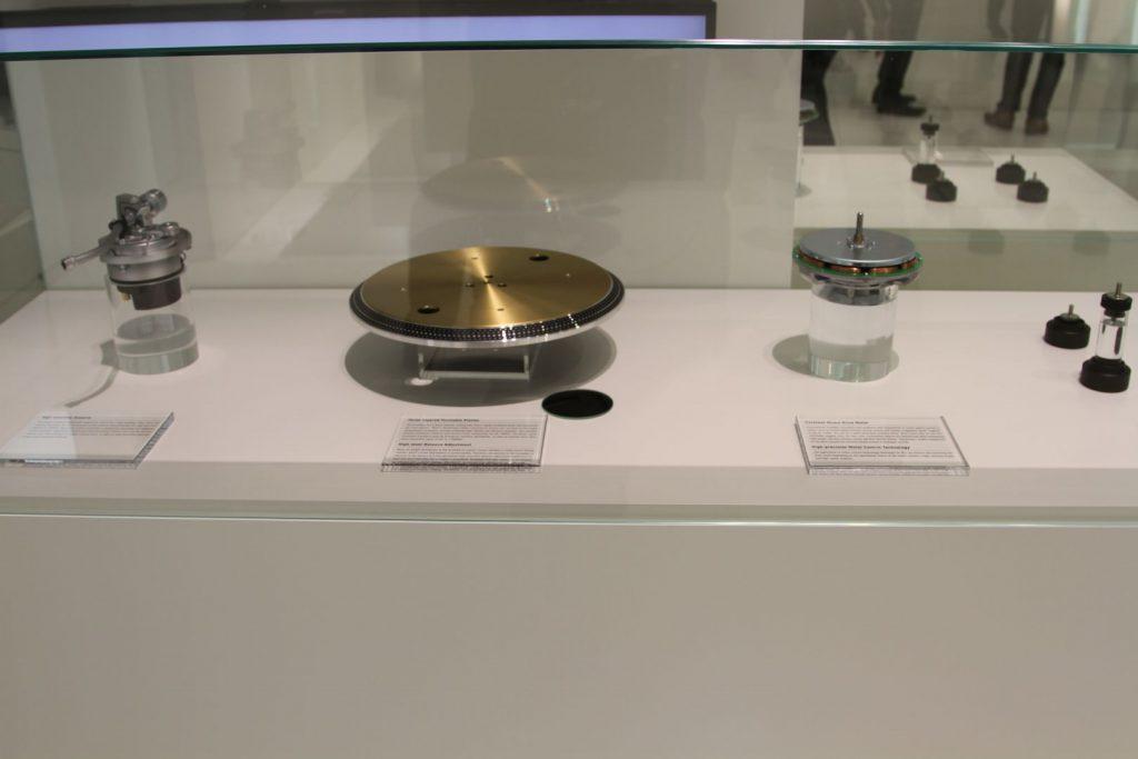 Die Einzelkomponenten des SL-1200