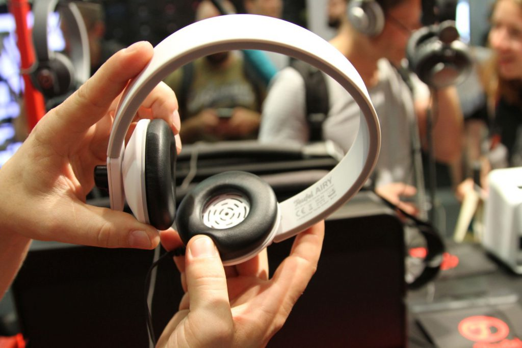 Der Teufel Airy ist ein Bluetoth 4.0 aptX Kopfhörer