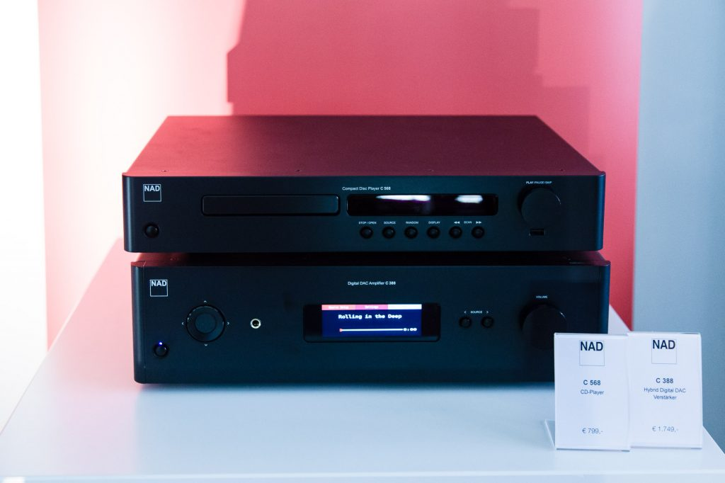 CD Player und Vollverstärker aus dem Hause NAD
