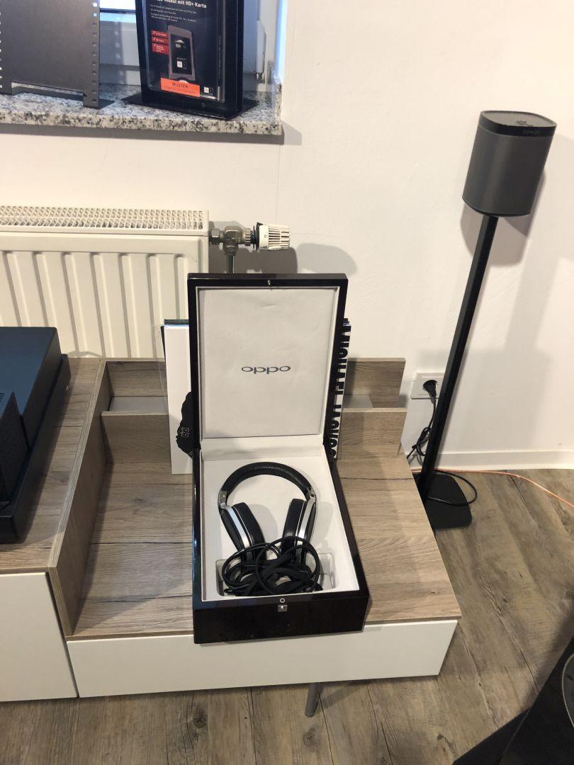 Hier findet sich auch noch ein Kopfhörermodell von Oppo